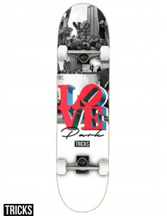 Skate Completo Tricks Skateboards Love 7.87